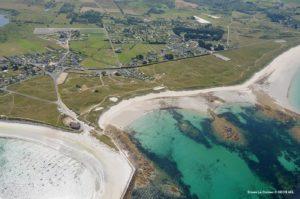 bord de mer menacé par l'erosion des cotes en bretagne