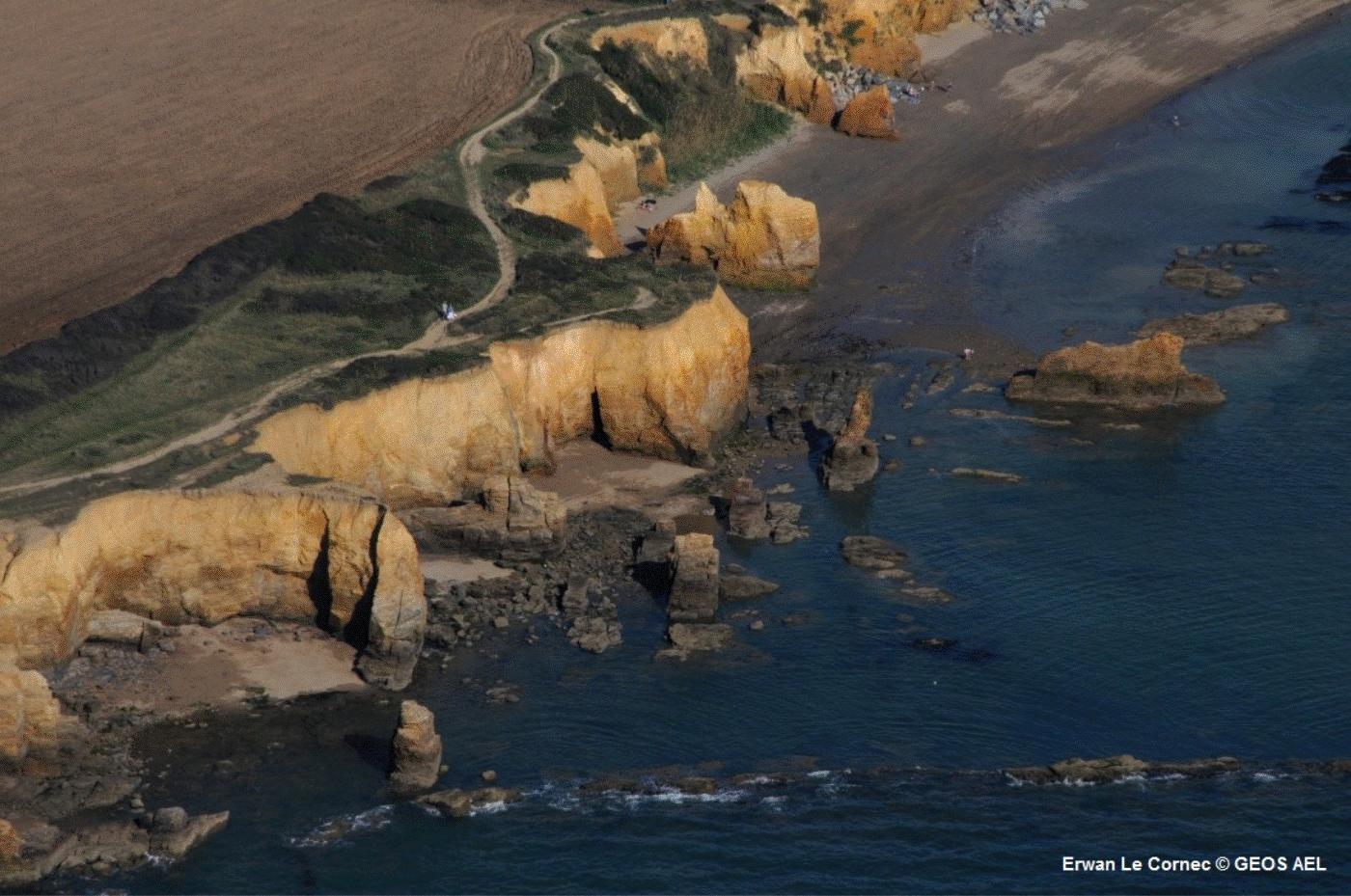 falaise-penestin-erosion-risques-cotiers
