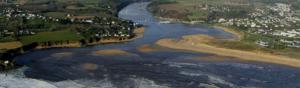 habitations et cultures en Bretagne à proximité immédiate des rivages et de l'océan